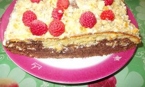 Легкий летний торт с малиной и бананом. Пошаговый рецепт с фото