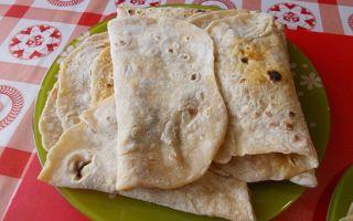 Кесадилья с курицей или фаршем: пошаговые рецепты