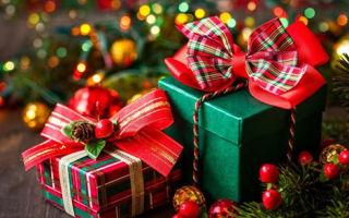 Что подарить родным на новый год