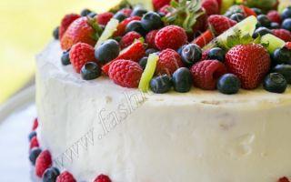 Легкий летний торт с клубникой и киви. Пошаговый рецепт с фото