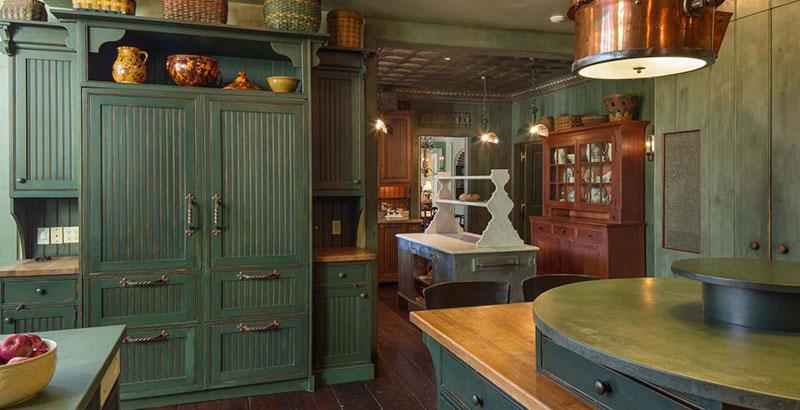 Старая французская кухня в стиле прованс